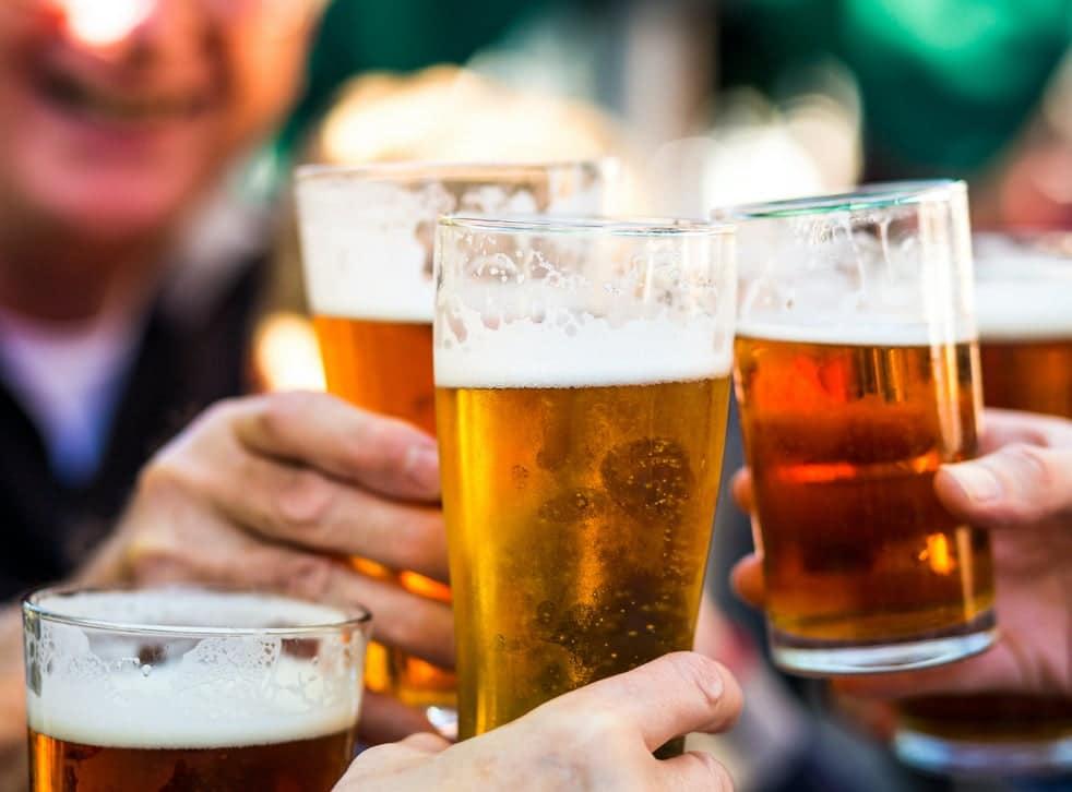 Beer glasses saying cheers